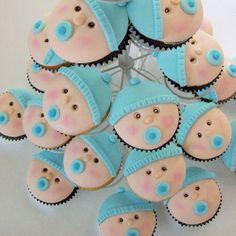 20 ideas para el baby shower: Cupcakes con caritas de bebé
