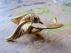 Vintage GOLD BIRD BROOCH Green Rhinestone by CreativeWorkStudios