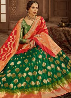 Dark Green Silk Lehenga Choli with Leaf Motifs Woven Butta Banarasi Lehenga, Green Lehenga, Bridal Lehenga Choli, Green Silk, Red Green, Weaving Art, Ahmedabad, Sari, Indian
