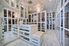 The best of luxury closet design in a selection curated by Boca do Lobo to inspire interior designers looking to finish their projects. Discover unique walk-in closet setups by the best furniture makers out there Closet Walk-in, Master Closet, Closet Bedroom, Closet Space, Closet Ideas, Huge Closet, Closet Shelves, Closet Doors, 2 Story Closet