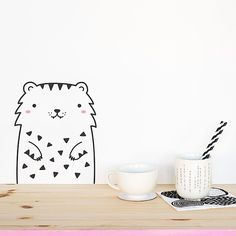 Cute idea for at the dining room table. Could also do a cat or flowers.