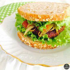 Burgers do Aldi no Pão - Vegano | Burgers of Aldi in Bread - Vegan