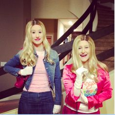 Pin for Later: The All-Time Best Celebrities in Pop Culture Halloween Costumes White Chicks Characters Iggy Azalea was really committed as a character from the movie, White Chicks, in Costumes Duo, Dynamic Duo Costumes, Easy Diy Costumes, Movie Costumes, Costume Ideas, Easy Movie Character Costumes, Twin Costumes, Group Costumes, Halloween Costumes 2014
