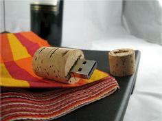INFMETRY:: Soft Cork Bottle Plug Flash Memory - Electronics