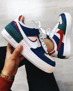 NIKE shoes sneakers street styles/outfit with Nike shoes/air-force NIKE shoes/outfit with Nike shoes/outfit style/sport/men/woman/NIKE SHADOW Moda Sneakers, Cute Sneakers, Sneakers Mode, Sneakers Fashion, Fashion Shoes, Shoes Sneakers, Cool Womens Sneakers, Nike Fashion Outfit, Tumblr Sneakers
