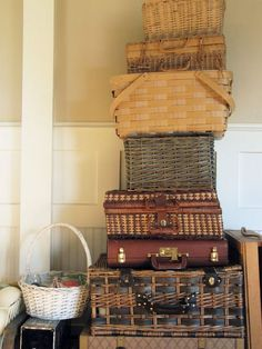 The Wicker House: Packing & Moving Tips Moving Home, Moving Tips, Moving Day, Moving Hacks, Moving Checklist, Style At Home, Packing To Move, Packing Tips, Move On Up