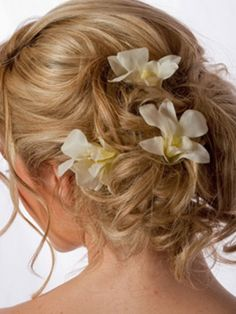 hair dos for beach wedding | Bridal Hairstyles & Hair Accessories | 2013 Haircuts, Hairstyles and ...
