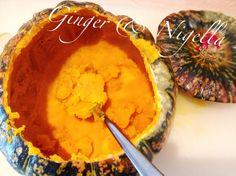 Ich liebe es wenn das Fruchtfleisch eines Kürbis so schön trocken ist, wird!!! Italien hat tolle Kürbis Sorten!!!