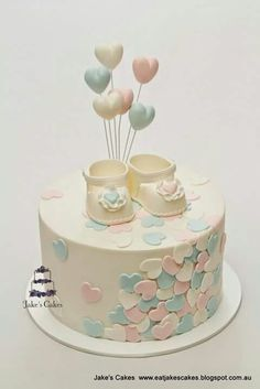 Looking for ideas for baby shower cakes? Check out these 10 Gorgeous Baby Shower Cakes for boys, girls, twins, gender reveals, and gender neutral baby showers. Torta Baby Shower, Baby Shower Pasta, Baby Cakes, Cupcake Cakes, Fondant Cupcakes, Jake Cake, Girl Shower, Baby Shower Cake For Girls, Baby Shower Cakes Neutral