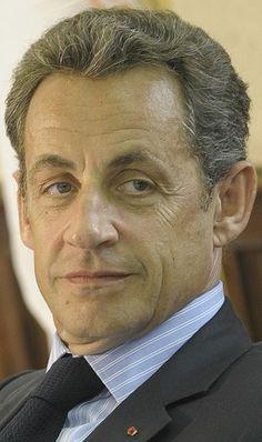 photo de Nicolas Sarkozy le 28 Octobre 2010 Nicolas Sarkozy (28/01/1955) 23ème Président de la République Française du 16/05/2007 au 15/05/2012