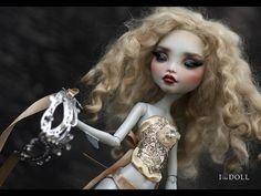 Monster High Repaint Art Doll OOAK –  Lagoona | Juliette –  Mystery Mask Doll 2/5 www.etsy.com/listing/256374036/monster-high-repaint-art-d...