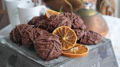 Saaranlautasella: Suklaa-appelsiinipikkuleivät, herkkua joka suupala...