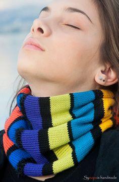 handgemachter  Halswärmer  doppelseitig von synopsishandmades Neck Warmer, Knitting, Handmade, Etsy, Fashion, Colors, Moda, Hand Made, Tricot