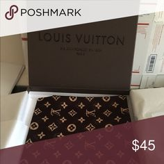 100% silk scarf brown 100% silk scarf $ 45.00 with box 35.00 without Not rated  Accessories Scarves & Wraps