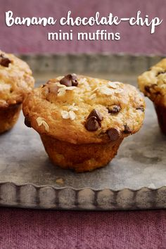 Whether it's for a quick snack, dessert, or breakfast on the go, these muffins are a must! At only 2 #SmartPoints values, it's time to treat yourself with these mini banana chocolate chip muffins. Click for the full recipe.