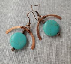 Copper and turquoise earrings. Hammered copper. by KABADESIGNS