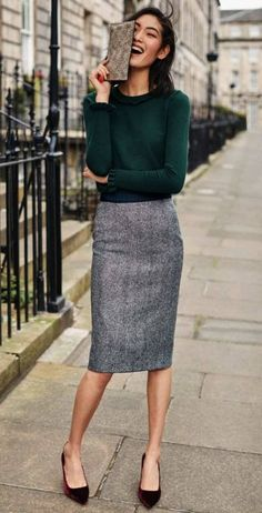 British Tweed Pencil Skirt outfit ideas for women work Pencil Skirt Outfits For Work, Fall Outfits For Work, Dresses For Work, Pencil Skirts, Women's Skirts, Pencil Dress, Outfit Work, Skirts For Work, Pencil Skirt Work