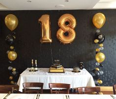 Birthday Decorations 32576 Birthday room decoration, 18 year anniversary decor, how to celebrate as a celebrity, golden and black birthday table 18 Birthday Party Decorations, Party Table Decorations, Graduation Party Decor, Birthday Parties, Table Decorations For Graduation, Black And Gold Party Decorations, Black Gold Party, Decoration Party, Themed Parties