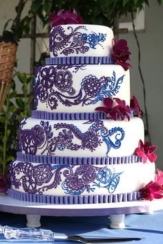 Purple and Blue Henna Wedding Cake #Blue Wedding Reception ... Wedding ideas for brides, grooms, parents & planners ... https://itunes.apple.com/us/app/the-gold-wedding-planner/id498112599?ls=1=8 … plus how to organise an entire wedding, without overspending ♥ The Gold Wedding Planner iPhone App ♥