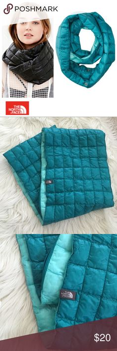 North Face Turquoise / Mint Scarf Adorable used North Face thermoball scarf in turquoise and mint. So cute! Bundle to save even more. Hope you enjoy 😘 North Face Accessories Scarves & Wraps