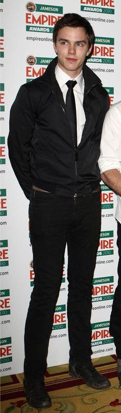 Nicholas Hoult... Super hot!