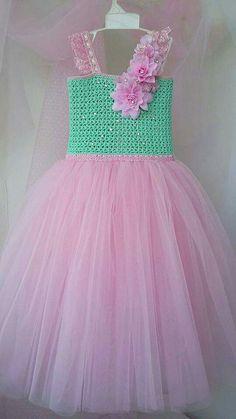 Rosa Crochet Tutu Dress, Smocked Baby Dresses, Baby Girl Dresses, Flower Girl Dresses, Summer Baby Shower Dress, Baby Shower Dresses, Little Girl Princess Dresses, Gowns For Girls, Baby Christening Dress