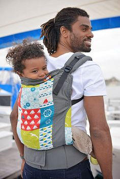 paxbaby, Tula, set sail, soft structured carrier, babywearing MUST HAVE toddler version:) Baby Wearing Wrap, Ergonomic Baby Carrier, Best Baby Carrier, Baby Mine, Baby Wraps, Baby Accessories, Baby Shop, Baby Items, Set Sail