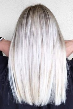Mid-Length Straight Platinum Blonde Hair hair length 70 Devastatingly Cool Haircuts for Thin Hair Platinum Blonde Hair Color, Grey Blonde, Blonde Hair Shades, Ash Blonde Hair, Mid Length Blonde Hair, Kim Blonde, Mid Length Straight Hair, Platinum Blonde Balayage, Platnium Blonde Hair