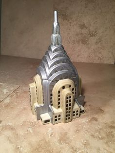 NYC treasure Craft Chrysler Building Cookie Jar. I want this!