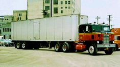 The oldies box keeps finding photos of this B&B Kenworth bullnose that I used to ride in. Waiting to unload at Wisconsin Cold Storage in Milwaukee, Wisconsin in July 1965.