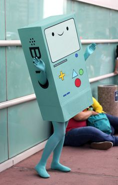 This BMO costume is simply adorable!!