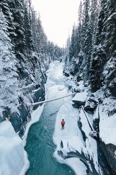 Winter in Vermillion River Kootenay National Park! Photo by: by thegreatoutdoors Adventure Photography, Travel Photography, Park Photography, Winter Photography, Photography Magazine, Nature Photography, Winter Szenen, Canada National Parks, Adventure Is Out There