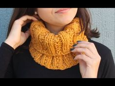Golden Brown Knit Fox Scarf Novelty Animal Keyhole by PhylPhil - blackbanana Free Knitting, Knitting Patterns, Crochet Patterns, Crochet Stitches, Crochet Hooks, Fox Scarf, Crochet Neck Warmer, Scarf Knots, Purl Stitch