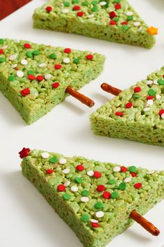 RICE KRISPIES TREATS® Christmas Trees – You won't believe how easy this festive dessert is to make! Whether you whip them up as a holiday party treat or a sweet snack for your kids, this recipe is perfect for the holiday season.