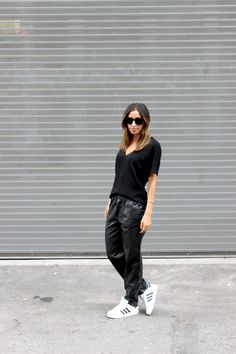 Leather jogging pants, all black outfit, pre fall fashion http://the-unprecedented.ca/datingyourexboyfriend/