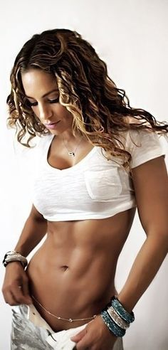 realistic goal for myself... by the end of May, i WILL have a stomach like this, bring on the lake and summer :))