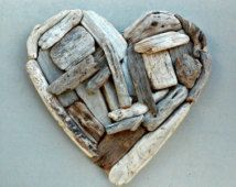 """15 """"Corazón del Driftwood, quinto Regalo del aniversario, Rústico colgado, corazón de madera, la suspensión de puerta, Playa Decoración Costera, único de la decoración de madera, Driftwood Arte"""