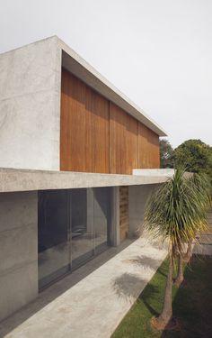 Casa Carrara, Brasília - Distrito Federal, Brasil / Studio [+] Valéria Gontijo