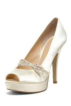 Enzo Angiolini - Savoye Bow Trim Peep Toe Pump at Nordstrom Rack. Free Shipping on orders over $100.