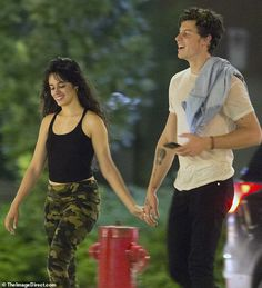 This time again Shawn Mendes and Camila Cabello caught kissing in Montreal and pack on the PDA at date night in Canada.