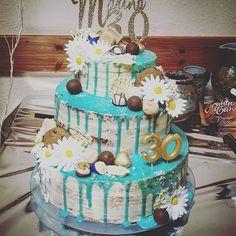 Birthday Cake, Desserts, Food, Gerbera Flower, Gel Stains, Work Shop Garage, Pies, Birthday, Tailgate Desserts