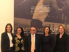Nella foto da sinistra: Alexandra Young (direttore HR gruppo Mediobanca), Giusy Versace, Constantin Bostan, Lorenza Pigozzi (direttore comunicazione gruppo Mediobanca), Giovanna Giusti del Giardino (responsabile csr Mediobanca)