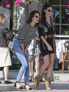 On Saturday, pals Alessandra Ambrosio and Lily Aldridge enjoyed lunch at the Ivy in Santa ...