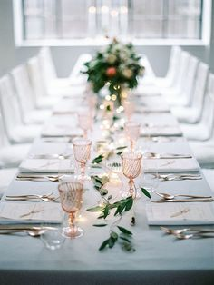 Beautiful winter wedding inspiration by Lovely Weddings | Best Day Ever