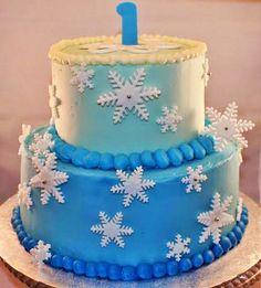 """winter """"one-derland"""" cake"""