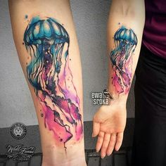 Leading Tattoo Magazine & Database, Featuring best tattoo Designs & Ideas from around the world. At TattooViral we connects the worlds best tattoo artists and fans to find the Best Tattoo Designs, Quotes, Inspirations and Ideas for women, men and couples. Watercolor Jellyfish, Jellyfish Tattoo, Jellyfish Quotes, Jellyfish Sting, Jellyfish Aquarium, Jellyfish Drawing, Jellyfish Painting, Jellyfish Facts, Flower Watercolor