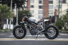 http://bikebrewers.com/wp-content/uploads/2015/12/KTM-390-Duke-Custom-14.jpg