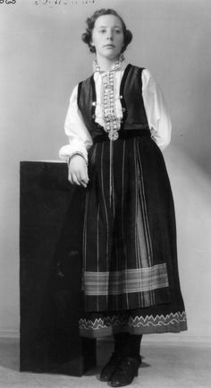 DigitaltMuseum - Sognebunad Going Out Of Business, Folklore, Traditional Outfits, Norway, Costumes, Lady, Clothing, Dresses, Fashion
