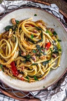 Why have just regular pasta, when you can have bold, rich, flavorful vegan Cajun Pasta and Peppers? A fantastic week night meal everyone will love. #vegan #oilfree #glutenfree #plantbased | monkeyandmekitchenadventures.com
