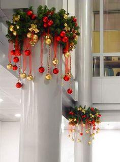 оформление колон ресторана к Новому году
